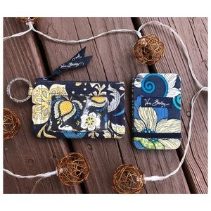 Vera Bradley Multiple Card Holder And Coin Purse